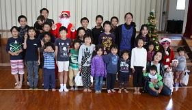 クリスマス会1219 集合.jpg