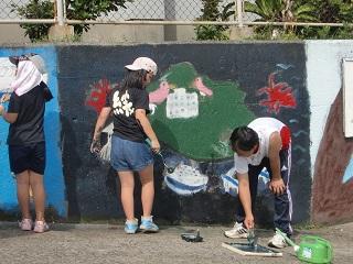 子ども会 壁色ぬり 校舎側.jpg