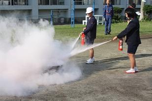 消火訓練2.jpg
